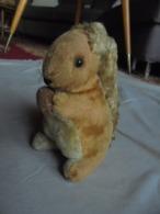 Ancien Petit écureuil En Peluche Années 50 Allemagne - Peluches