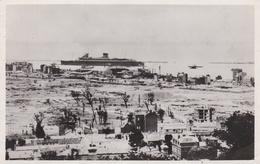 """CPSM Glacée  En PF Représentant Le Paquebot  """"LIBERTE"""" Entrant Au Port Du Havre Devant Les Ruines De La Guerre  //   TBE - Passagiersschepen"""