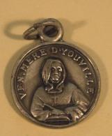 Religion- Medaille Venerable Mère D'Youville + Par Ce Signe Tu Vaincra  3Gr - 2 Scans - Religione & Esoterismo