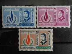 CAMBODGE : Y&T N° 216 à 218 ** - Cambodge