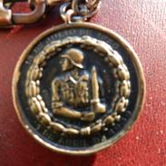 Spanish Civil War La Cuenca Medal - Honor  A Sus Soldados Victoriosos La Provincia De Cuenca - Spain