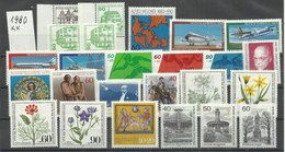 "Berlin Jahrgang 1980 ""25 Briefmarken Mi.-Nrn.:614-636 M. 615A,C,D, Jahrgang Kpl."" Postfrisch  Mi.: 28,20 € - Neufs"