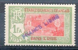 ETABLISSEMENT FRANCAIS DANS L'INDE - 1941 - N° 141 - 1 Fa. Vert Et Rose - (Surchargé : FRANCE LIBRE) - India (1892-1954)
