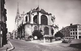 45-----MONTARGIS---église Ste-marie Madeleine--( 203 Peugeot Commerciale )--voir 2 Scans - Montargis