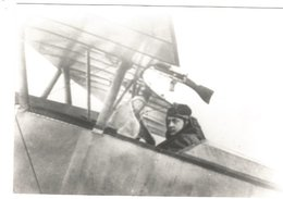PHOTO AVION NIEUPORT   AVEC PILOTE GUYNEMER  17X11CM RETIRAGE - 1914-1918: 1a Guerra