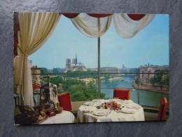 75 PARIS Vu Du Restaurant De La Tout D'Argent,   Belle CP Années 1960 ; Ref 928 - France
