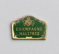 Pin's BOISSON - CHAMPAGNE MALETREZ - Dranken