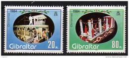 Gibraltar N° 493 / 94  XX  Noël, Les 2 Valeurs Sans Charnière, TB - Gibraltar