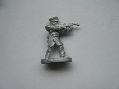 Soldat Avec Fusil (marque : Grenadier) - Armee