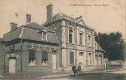 G81 - 80 - HOMBLEUX - Somme - Mairie - Ecole - France