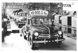 CARTE POSTALE VOITURE RENAULT 4 CV EXPORT JAPON 10 000ème  (1958) -  10X15 CM - PKW