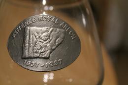 Verre Cognac Blason Athénée Royal Arlon 1937-1987 Musée Luxembourgeois Pougin Vincent Val D'Attert - Verre & Cristal