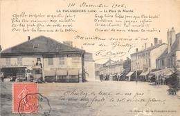 42-LA PACAUDIERE- LA PLACE DU MARCHE - La Pacaudiere