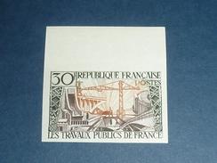 TIMBRE DE FRANCE NON DENTELE N°1114a TRAVAUX PUBLICS DE FRANCE - BORD DE FEUILLE - NEUF SANS CHARNIERE (C.V) - France