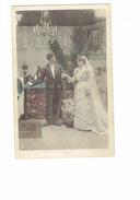 Cpa - Mariage Mariés Nuit De NOCE - Chambre Homme Femme Robe Mariée Lustre Chapeau Haut De Forme Tapis N°1 - Noces