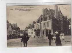 HENNEBONT - Maisons Anciennes Place Du Marché - Très Bon état - Hennebont