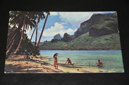 13- Tahiti, Paopao Bay - Postcards