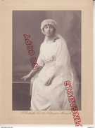 Au Plus Rapide Portrait Femme Photographe F Detaille Marseille Sucr De Nadar Père 30 Avril 1919 - Anonymous Persons