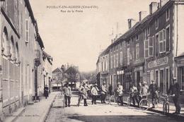 POUILLY EN AUXOIS - Rue De La Poste - France