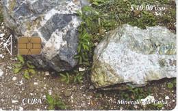 Nº 223 TARJETA DE CUBA DE SERIE MINERALES  MENAS (mineral)