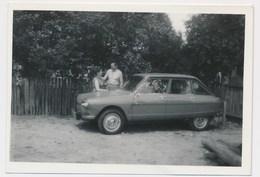 OLD CAR VINTAGE AUTO AMI 8 , Voiture, Automobilia , Man Woman, Femme Homme Old Photo - Automobiles