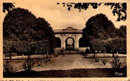 FONTAINE FRANCAISE - Orangerie Du Château - Francia