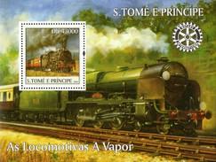 St. Tome & Principe Block 2004 Dampflokomotiven  Eisenbahn  **/MNH - Trains