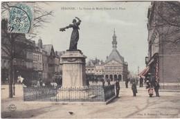 PERONNE - La Statue De Marie Fouré Et La Place - Carte Colorisée - Animé - Peronne