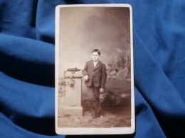 Photo CDV Weckman From Cincinnati Ohio - Jeune Garçon, Circa 1870-80 L305 - Anciennes (Av. 1900)