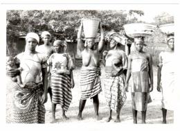 Femmes Africaines - Départ Au Marché - Afrique