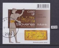 SLOVENIA 2011, Mi: BLOCK 58 ; ARHEOLOGICAL FINDS, DECORATED BRONZE BELT BUCKLE , See Scans - Slovénie