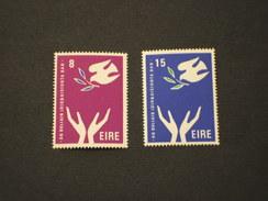 IRLANDA - 1975 DONNA 2 Valori -NUOVI(++)-TEMATICHE - 1949-... Repubblica D'Irlanda