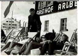Carte Photo C1950, Groupe De Personnes, Sporthotel Galzig, Gasthof Arlberg - 2 Scans - St. Anton Am Arlberg