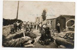 11 - Sigean - Photo A.DUMAS - CARTE PHOTO -POMPE A EAU CABANE DE CHANTIER - Autres Communes
