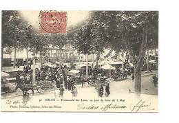 ARLES , PROMENADE DES LICES UN JOUR DE FOIRE DU 3 MAI - Arles