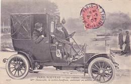 CPA PARIS NOUVEAU Les Femmes Chauffeurs Mme Decoucelle Cochère-Chauffeur Voiture Véhicule - Taxi & Carrozzelle