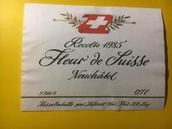 3808 -  Fleur De Suisse 1985 Neuchâtel Suisse - Etiquettes