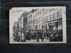 F05 - 87 - Les Troubles De Limoges - Les Manifestants Devant La Distillerie Nouhaud Freres... - 17 Avril 1905 - Etat A V - Limoges