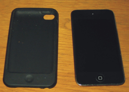 Ipod Touch 8 Go Noir + Pochette Année 2010 En état De Marche Mais SANS Alimentation - Autres