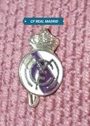 REAL MADRID CF, ORIGINAL PIN, BADGE, SPAIN ESPAÑA, RONALDO - Fussball