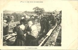BILLIERS, Une Noce En Bretagne, Précurseur - France