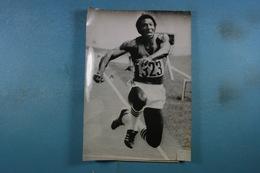 Photo De Presse Jeux Olympiques De Montreal 1976 Bernard Lamitie 11ème De La Finale Du Triple Saut (8) - Sport