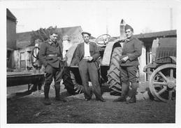 ¤¤  -  Cliché D'un Tracteur  -  Militaires En 1940  -  Ferme , Agriculture  -  Voir Description      -  ¤¤ - Tracteurs