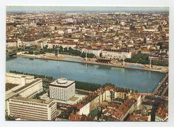 69 - LYON - Le Sofitel,le Rhône Et Le Centre Historique - Peu Courante - - Lyon