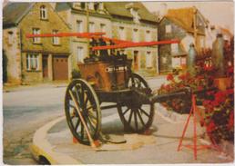 Orne  : Entre  Flers Et  Briouze: BELLOU EN  HOULME : Pompe  A  Bras  Pompier - France