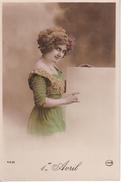 AK Künstlerkarte - Frau Mit Verziertem Kleid Und Kopfschmuck - Ca. 1910  (28097) - Frauen