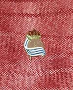 REAL SOCIEDAD CF SAN SEBASTIAN, ORIGINAL VINTAGE PIN, BADGE, SPAIN ESPAÑA - Fútbol
