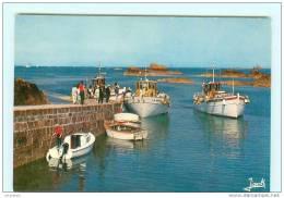LA POINTE DE L' ARCOUEST  Embarcadère Des Vedettes Pour L' île De Bréhat , Bateau - Unclassified