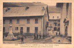 """05677 """"LARCHE  (ALPES DE H. PROV.) VALLEE DE L'UBAYETTE - PLACE CENTRAL - EGLISE"""" ANIMATA. CART. ILL. ORIGIN.  NON SPED. - France"""