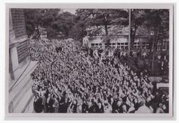 """DT- Reich (000540) Propaganda Sammelbild Adolf Hitler"""" Bild 102, Besucher Der Bayreuther Festspiele Begrüßen Den Führer - Briefe U. Dokumente"""
